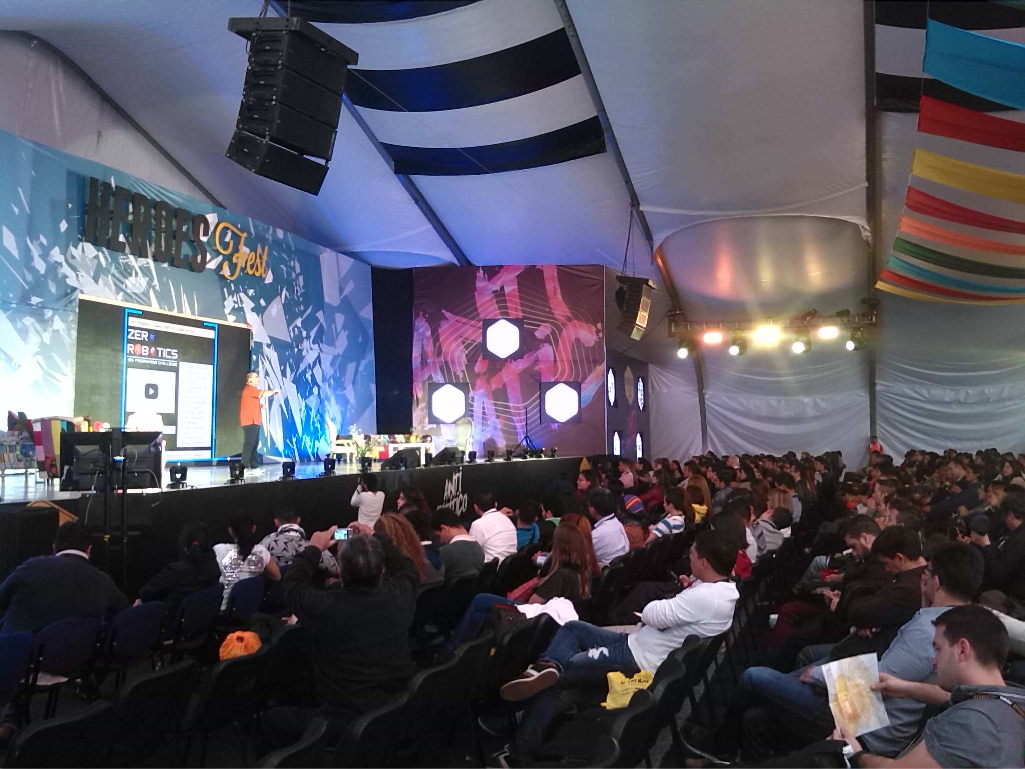 Heroes Fest is the most important entrepreneurial event in Colombia.